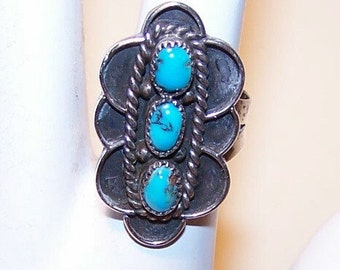 Vintage STERLING SILVER & Turquoise Cab Ring - Native American/Southwest Style.....