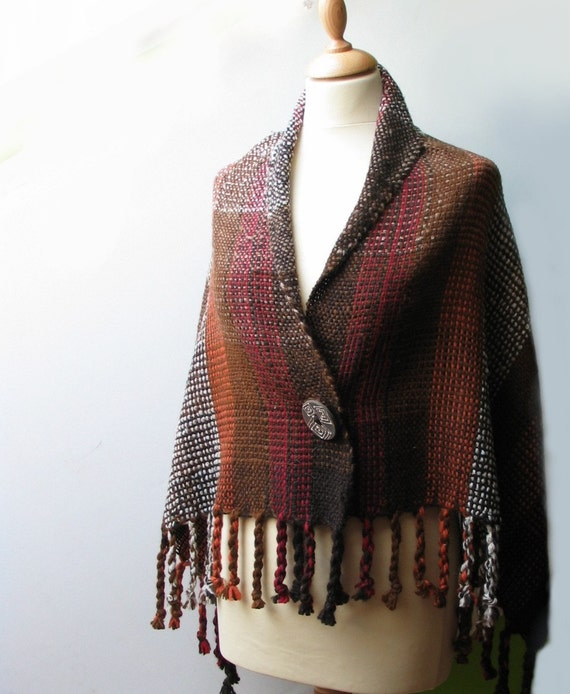 Handwoven capelet COZY AUTUMN - organic - naturally dyed