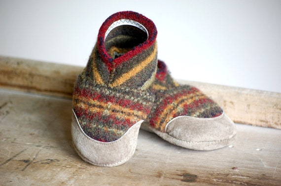 Baby Shoes, Wool Slippers, Eco Friendly & Handmade, size 0-12 months, Carnival, SALE