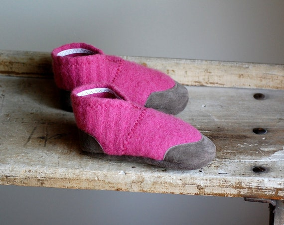 Toddler Shoes in Pink Eco Friendly Wool and Leather, size 7.5, Pocket Full of Posies