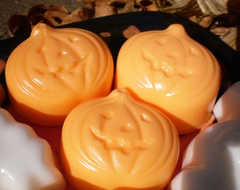 Halloween Pumpkin Soap Set --  Pumpkin Spice Scented