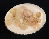 Vintage Dried Flower Brooch Pin Pansies Floral Scalloped Silvertone