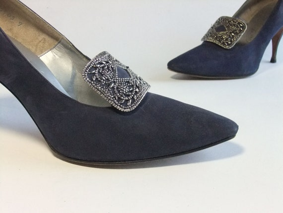 BLACK FRIDAY SALE - Vintage 1950s Shoes // Blue Suede High Heels with Stunning Accent by De Liso Debs Size 7 B