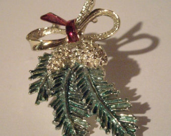 Vintage Enamel Pine Pin - GERRYS signed Pine Bough Brooch - Pine Cone and Bough Pin - Christmas PIn - Holiday Brooch - Winter Pine Tree Pin