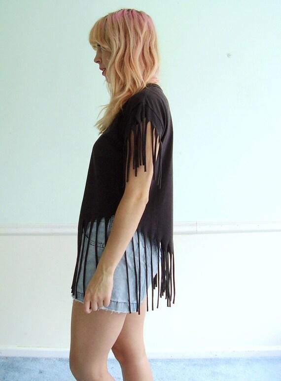 Black Fringe 70s Tee Shirt - Short Sleeve - Vintage MEDIUM M