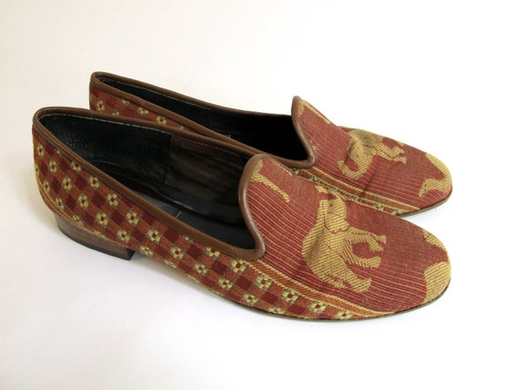 Van Eli Elephant Tapestry Pattern Slip On Loafers Size 8