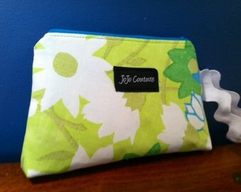 Wristlet Upcycled Vintage Retro Floral Green Aqua by JoJo Couture