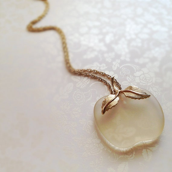 Vintage Glass Apple Necklace. Long Necklace. Avon. Teacher's Pet. Gold Tone Chain. Whimsical. Fruit Jewelry. 1980s.