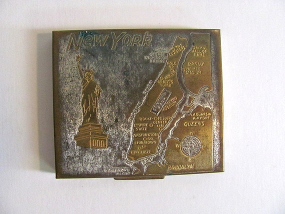 Vintage New York Makeup Compact Powder with Mirror