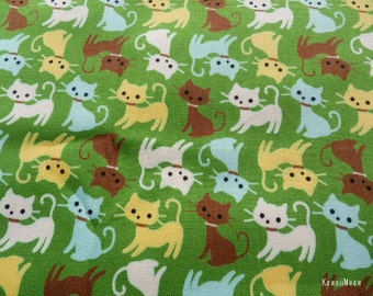 SALE - Cute Cats on Green - Half Yard (12ma1028)