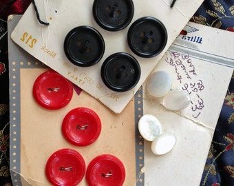 Batch of three partial cards - VINTAGE Buttons, original package, Red, Black, Mother of Pearl (12) asst