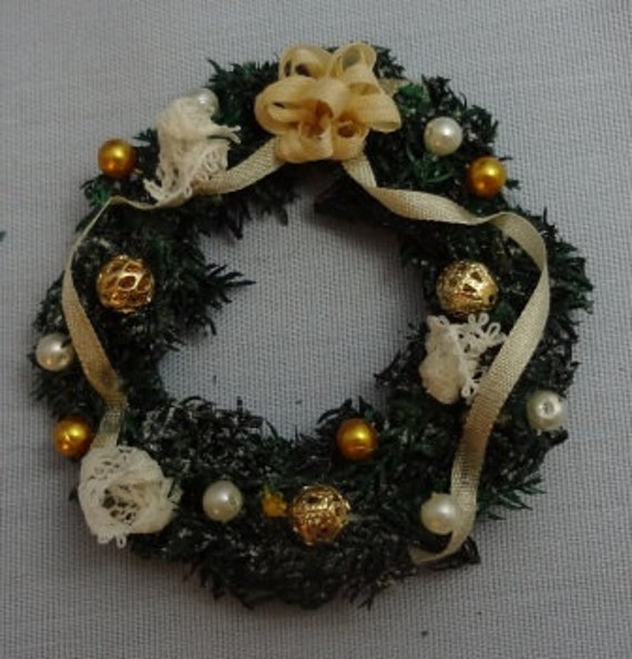 Handmade Flocked Evergreen Wreath in Gold and Ivory - 24