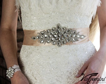 READY TO SHIP - Bridal sash , rhinestones and pearl sash, wedding sash, jeweled sash belt, crystal sash, wedding gown embellishment, Blush