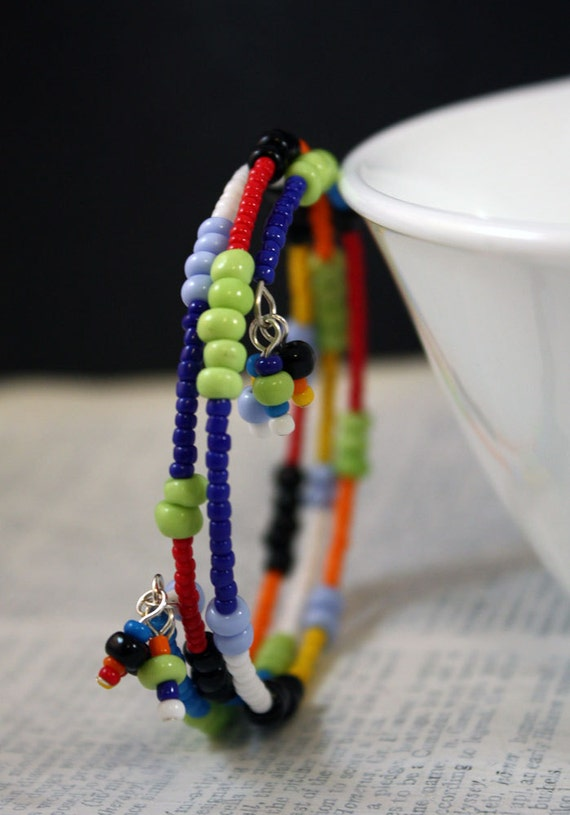 SALE - Solid Stripes Bracelet - seed beads, memory wire