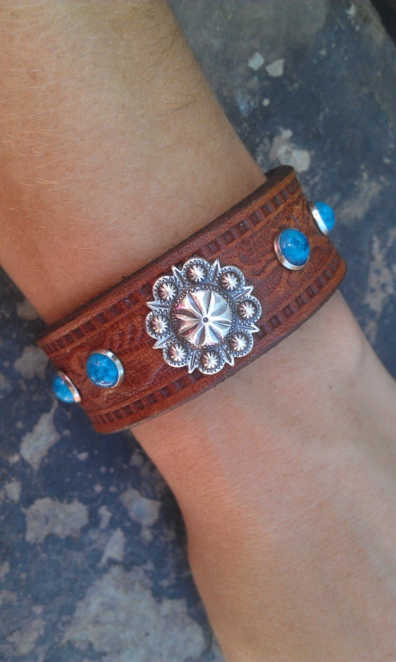 """Don't Fence Me In Cowgirl 7"""" Cuff Recycled Leather Belt"""