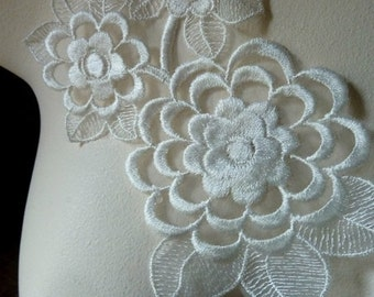 Ivory Lace Flower Applique for Bridal, Altered Couture, Costume Design IA 110