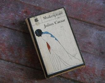 Miniature Book --- Julius Caesar