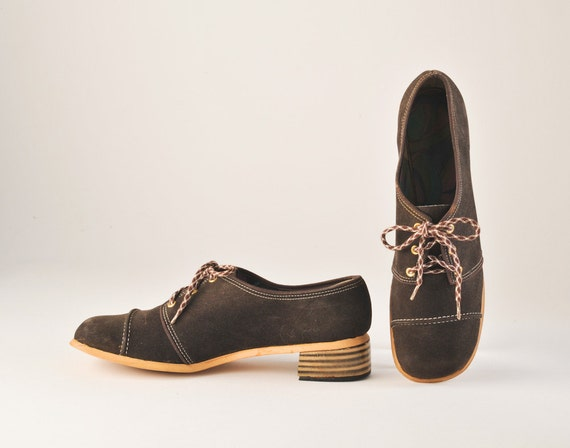 1960's Brown Suede Lace Up MOD Shoes