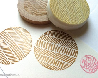 herringbone pattern stamp. geometric circle hand carved rubber stamp. gift wrapping. birthday scrapbooking. christmas crafts