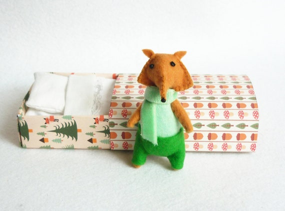 Felt fox miniature plush Otto green