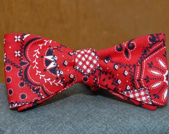 Patchwork in Red  Bow tie