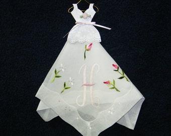"Fab Vintage Gift for Bridesmaid Unused  Embroidered Rose Pink Monogram ""H"" Wedding Handkerchief, 9016"