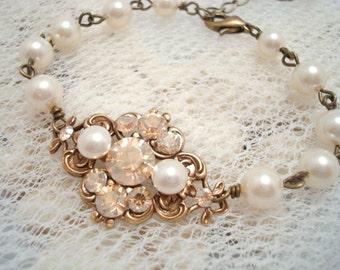 Crystal Bridal bracelet, Bridal jewelry, Wedding bracelet, Vintage style bracelet, Antique Gold bracelet, Bridesmaid jewelry, Swarovski