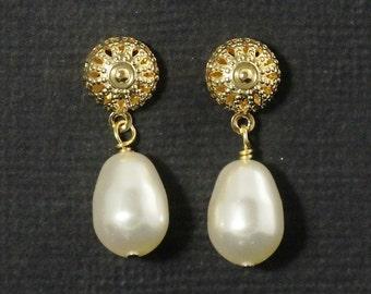 Gold Pearl Bridesmaid Earrings, Filigree Post Earrings, Pearl Teardrop Wedding Earrings, Pearl Drop Earrings -- SAVANNAH