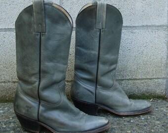 Frye Cowboy Boots Vintage 1970s Distressed Gray Leather size Men's 8 1/2 D