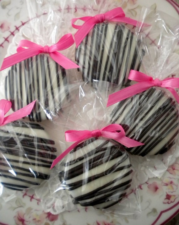 CUSTOM Listing For Tina Pink Zebra Chocolate Covered Oreos cookies Baby Shower Favors