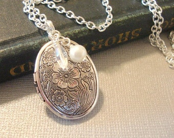 Silver Oval Locket Necklace Mothers Gift  Flower Locket Jewelry Oval Engraved Necklace Locket Jewelry