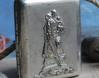 vintage cigarette case...      Jan
