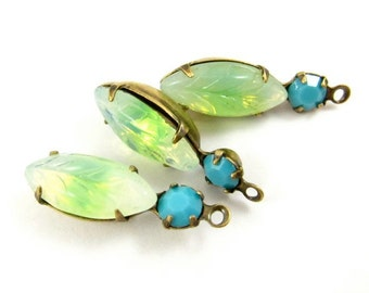 2 - Vintage Round and Navette Stones in 1 Ring 2 Stones Antique Brass Prong Settings -  Peridot & Light Turquoise - 23x7mm