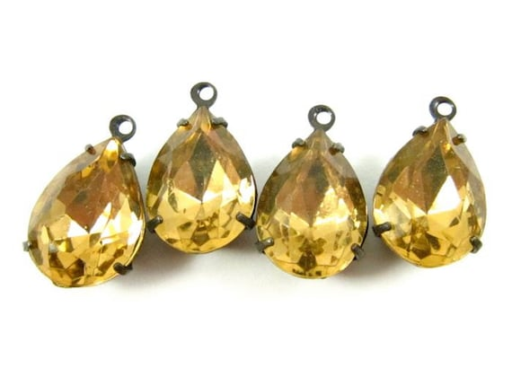 2 - Vintage Pear Shaped Faceted Stones in 1 Ring Black Antique Brass Prong Settings - Colorado Topaz - 14x10mm.