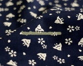 Swimming Triangle Fishes In Sakura Ocean-Japanese Traditional Cotton Fabric (Fat Quarter)