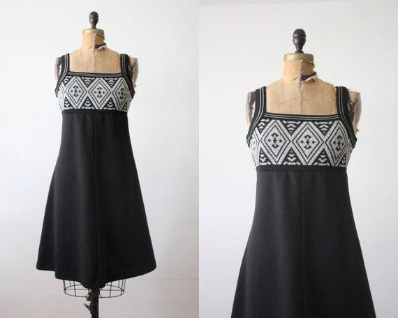1970s dress - southwestern day dress