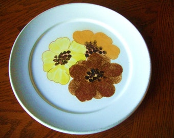 Denby-Shasta Plate Mod Floral free shipping