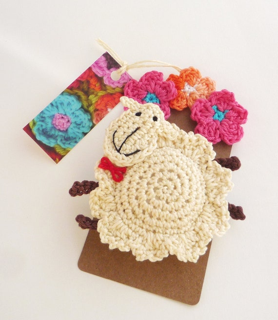Crochet Sheep - Sheep Brooch - Sheep Ornament- Farm Animal Ornament - Lamb Ornament - Farmhouse decor - Crochet Lamb Pin - Valentines Gift