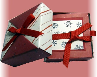 Holiday Mini Scrapbook, Tea Gift Box, Christmas Photo Booklet, Accordian Booklet, Candy Cane, Herbal Tea, Red & White