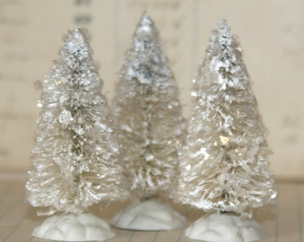 Vintage Inspired Flocked and Frosted Cream/White Set of 3 Bottle Brush Tree/Decoration 2 1/2