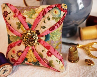 Cathedral Window Pincushion Pattern - PDF Sewing Pattern -  Pin Cushion Pattern - Quilt Design