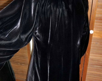 1930s Vintage Black Velvet Coat Channel Stitched Collar Ivory Silk Lining 42 Bust
