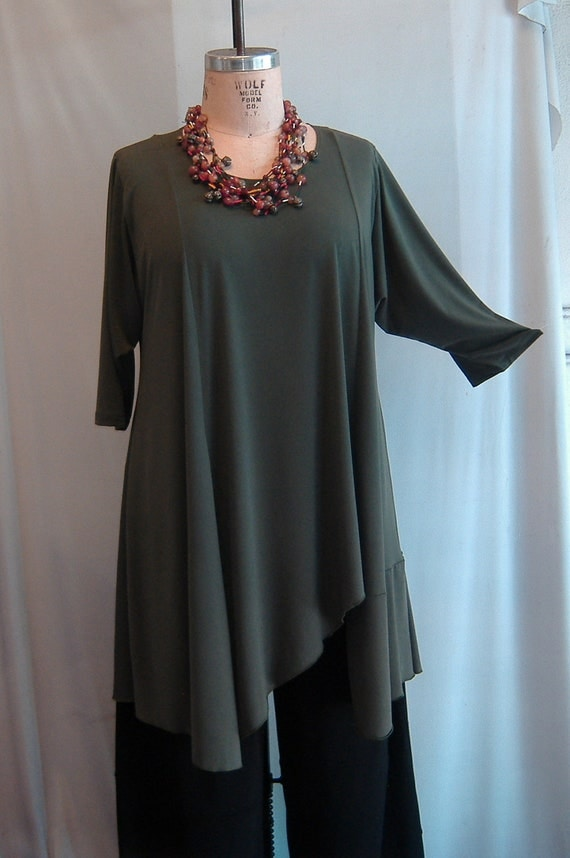 Coco and Juan Plus Size Asymmetric Tunic  Top Olive Traveler Knit Size 1 (fits 1X,2X)   Bust 52 inches