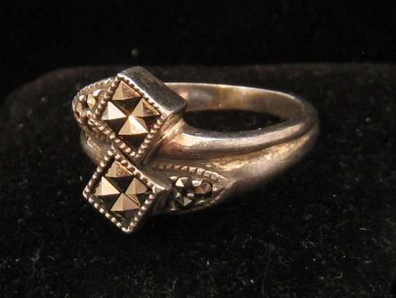 Vintage Sterling Silver Marcasite Ladies Cocktail Ring 1950s