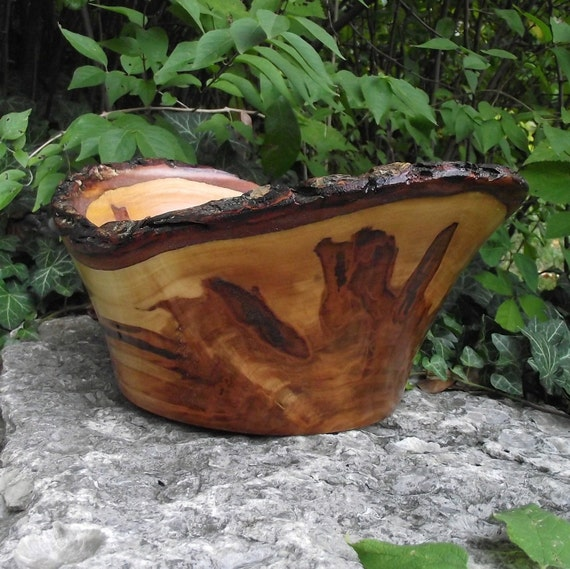 Natural Bark Edge Ambrosia Maple Wood Hand Turned Bowl - Eco-Friendly Wood Wooden Bowl - Rustic Home Decor