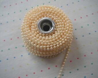 Small Cream Pearl Trim, 4 mm - 3 Yards