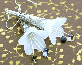 Lucite Trumpet Flower Earrings - White, black and grey - Silver Filigree Cone