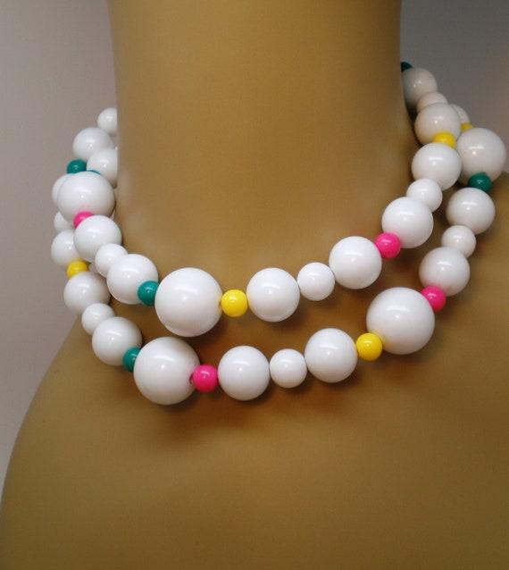 Vintage Necklace Chunky Bold White Bead Accents Yellow Fuchsia Green Art Deco Retro Statement