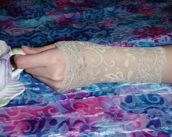 Steampunk lace cuff/ wristlet/ wedding/ victorian/ gothic lolita