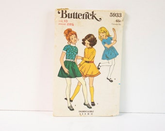 Vintage 1970s Butterick Childrens and Girls Dress Pattern 5933 Size 10